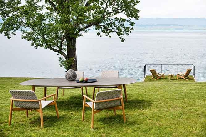 Bergere Deck Relax Bali, Tavolo Ellisse, Poltrona Lounge Lapis, Tavolino Lapis